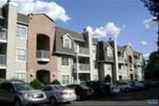 800  River Rd  332, Edgewater, NJ 07020 (#1439220) :: Fortunato Campesi - Re/Max Real Estate Limited