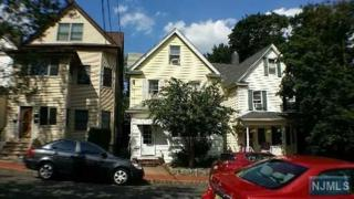 13  Valley Pl  , Edgewater, NJ 07020 (#1500858) :: Fortunato Campesi