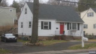 475  Goffle Rd  , Wyckoff, NJ 07481 (#1516380) :: Fortunato Campesi