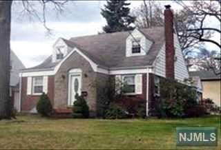 190  Monroe Ave  , River Edge, NJ 07661 (#1424203) :: Fortunato Campesi - Re/Max Real Estate Limited