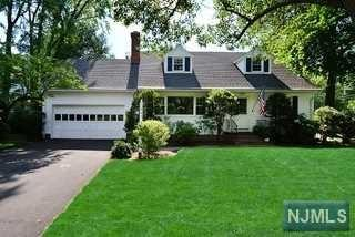 231  Fairfield Ave  , Ridgewood, NJ 07450 (#1427323) :: Fortunato Campesi - Re/Max Real Estate Limited