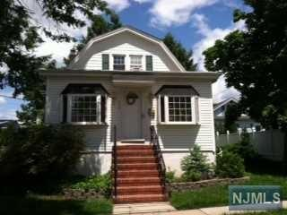 215  Prospect Ave  , Maywood, NJ 07607 (#1432001) :: Fortunato Campesi - Re/Max Real Estate Limited