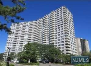 2100  Linwood Ave  9W, Fort Lee, NJ 07024 (#1443696) :: Fortunato Campesi - Re/Max Real Estate Limited