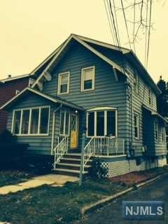 615  7th St  , Carlstadt, NJ 07072 (#1445112) :: Fortunato Campesi - Re/Max Real Estate Limited