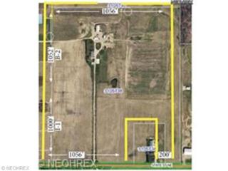 8855  State St  , Louisville, OH 44641 (MLS #3669763) :: Platinum Real Estate