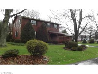 219  Brookdell Dr NW , North Canton, OH 44720 (MLS #3699533) :: Platinum Real Estate