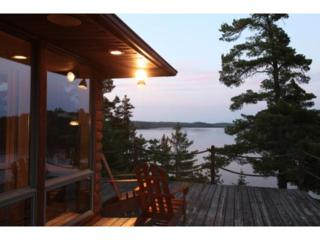 Cliff Top  Retreat, Lake Vermilion  , Tower, MN 55790 (#4566976) :: Team Lucky Duck