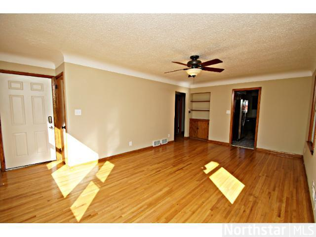 1291 Laurel Avenue - Photo 11