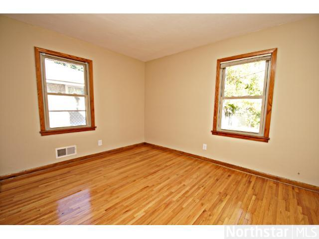 1291 Laurel Avenue - Photo 5
