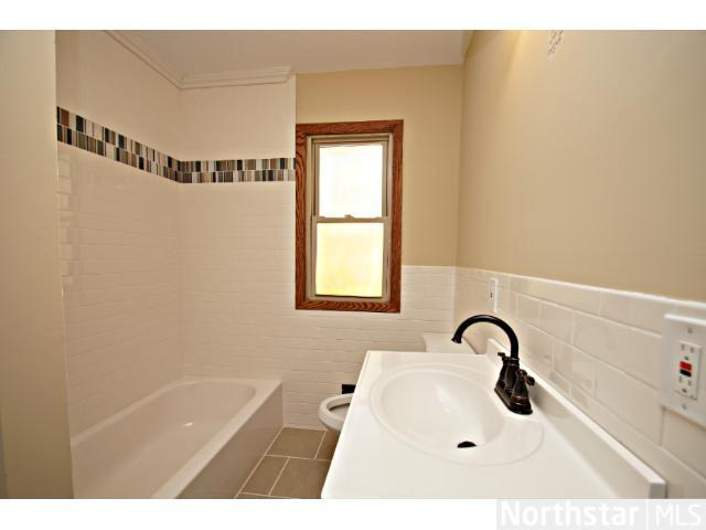 1291 Laurel Avenue - Photo 6
