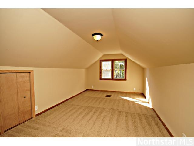 1291 Laurel Avenue - Photo 8