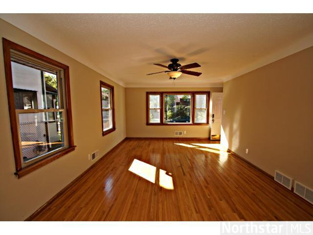 1291 Laurel Avenue - Photo 9