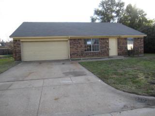 2703  Casa Blanca Court S , Arlington, TX 76015 (MLS #13059553) :: Fathom Realty