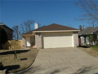 3125  Summerfield Lane  , Grand Prairie, TX 75052 (MLS #13094610) :: Homes By Lainie Team