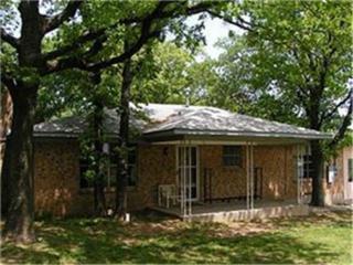 241  Weis Lane  , Gordonville, TX 76245 (MLS #13100720) :: Homes By Lainie Team
