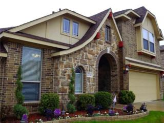 2752  Explorador  , Grand Prairie, TX 75054 (MLS #13105005) :: The Tierny Jordan Team