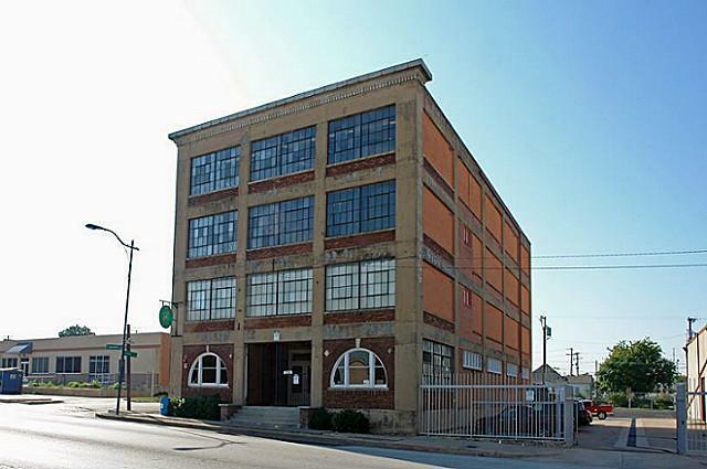 1324 Lancaster Avenue - Photo 2