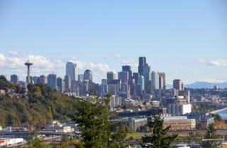2415 W Crockett St  , Seattle, WA 98199 (#705369) :: FreeWashingtonSearch.com