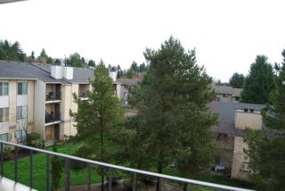 12611 NE 145th Place  H83, Kirkland, WA 98034 (#600351) :: Exclusive Home Realty