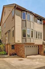 3017  30th Ave W B, Seattle, WA 98199 (#628253) :: FreeWashingtonSearch.com