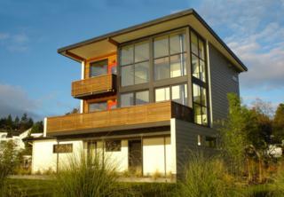 9865  Manitou Beach Dr NE , Bainbridge Island, WA 98110 (#639108) :: Nick McLean Real Estate Group