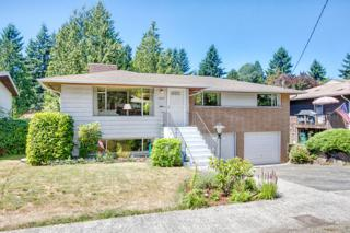 13339  28th Ave NE , Seattle, WA 98125 (#675478) :: Home4investment Real Estate Team