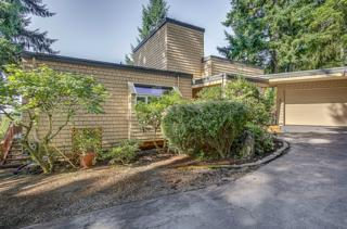 13217  255th Ave SE , Issaquah, WA 98027 (#685664) :: Exclusive Home Realty
