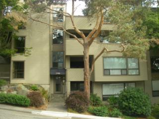 3700  26th Place W C215, Seattle, WA 98199 (#685685) :: FreeWashingtonSearch.com