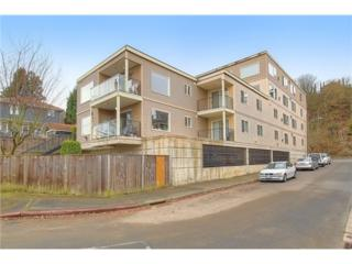 559  Mcgraw St  105, Seattle, WA 98109 (#688556) :: Exclusive Home Realty