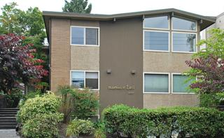 6557  4th Ave NE 1, Seattle, WA 98115 (#693456) :: Exclusive Home Realty