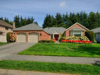 6204  139th Place SE , Bellevue, WA 98006 (#698080) :: Home4investment Real Estate Team