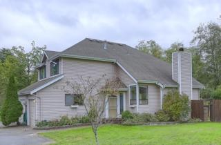 19912  28th Ave W B, Lynnwood, WA 98036 (#706342) :: Exclusive Home Realty