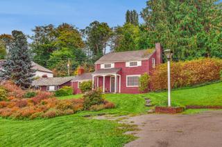 3747 W Commodore Wy  , Seattle, WA 98199 (#709045) :: Costello & Costello Real Estate Group