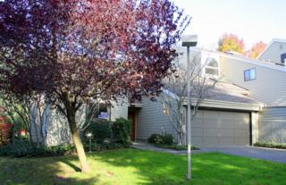 11002 NE 41st Dr  , Kirkland, WA 98033 (#715053) :: Exclusive Home Realty