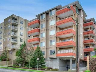 3112 SW Avalon Wy  101, Seattle, WA 98126 (#739338) :: Exclusive Home Realty