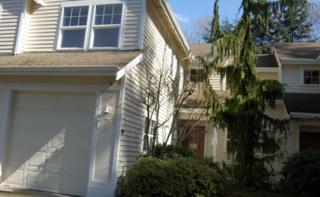11210  Slater Ave NE 102, Kirkland, WA 98033 (#778043) :: Exclusive Home Realty