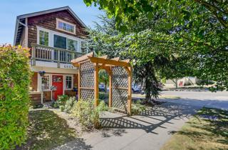 6059  6th Ave NW , Seattle, WA 98107 (#781492) :: Home4investment Real Estate Team