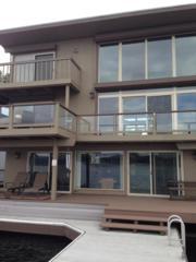 9654  Rainier Ave S , Seattle, WA 98118 (#656831) :: Nick McLean Real Estate Group