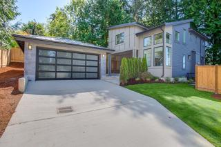 23  20th Ave  , Kirkland, WA 98033 (#684715) :: Exclusive Home Realty