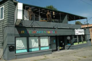 2821  Thorndyke Ave W , Seattle, WA 98199 (#699159) :: FreeWashingtonSearch.com