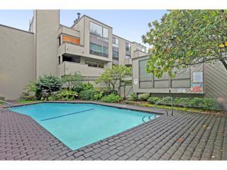 3710  26th Place W 409, Seattle, WA 98199 (#711189) :: FreeWashingtonSearch.com