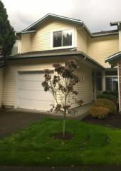 2132  Pacific Yew Place  , Issaquah, WA 98027 (#724274) :: Exclusive Home Realty