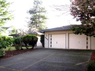 15845 SE Fairwood Blvd  , Renton, WA 98058 (#731134) :: Exclusive Home Realty