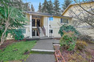 14755 NE 50th Place  K3, Bellevue, WA 98007 (#734271) :: Keller Williams Realty Greater Seattle