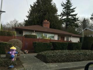 3838  29th Ave W , Seattle, WA 98199 (#734504) :: FreeWashingtonSearch.com