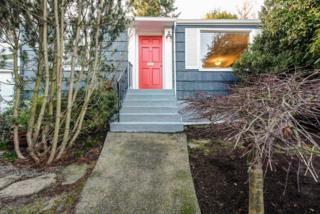 3207  22nd Ave W , Seattle, WA 98199 (#734809) :: FreeWashingtonSearch.com
