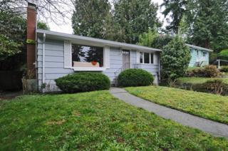 4034  30th Ave W , Seattle, WA 98199 (#735844) :: FreeWashingtonSearch.com