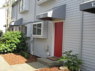 131  146th Ave SE , Bellevue, WA 98007 (#750149) :: Exclusive Home Realty