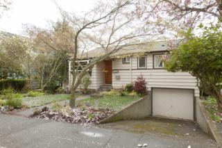 2525  29th Ave W , Seattle, WA 98199 (#761297) :: FreeWashingtonSearch.com