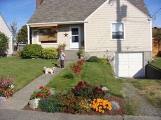 647 N Howard St  , Tacoma, WA 98406 (#762111) :: Commencement Bay Brokers